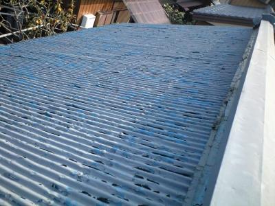 北面の屋根